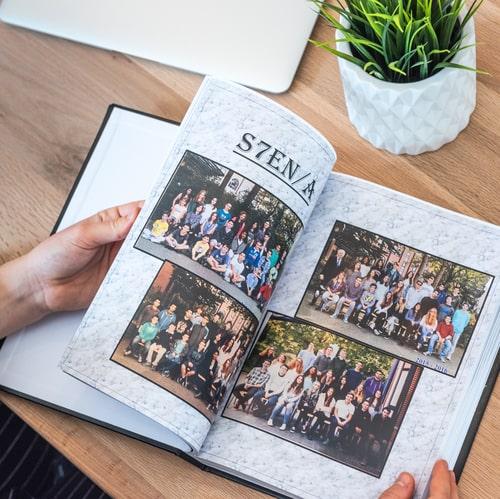 créer un yearbook en ligne